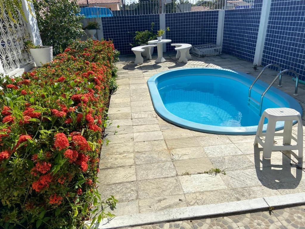 Casa com 3 dormitórios para alugar por R$ 2.600,00/mês - Treze de Maio - João Pessoa/PB