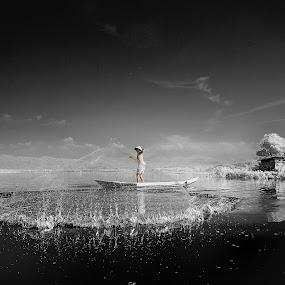 Beauty of Rawa Pening by Nikon  Koesukax - Landscapes Waterscapes