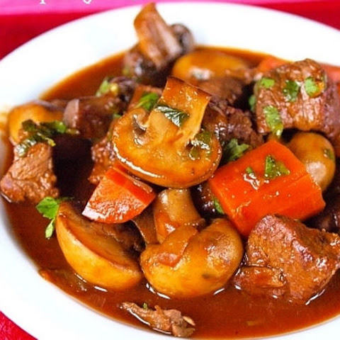 Beef And Champignon Stew in Red Wine