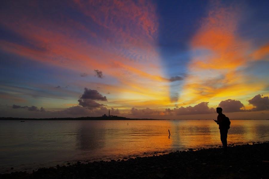 The Sunset Traveler by M Yani Sidi T - Landscapes Travel ( sunset, beach, landscape )