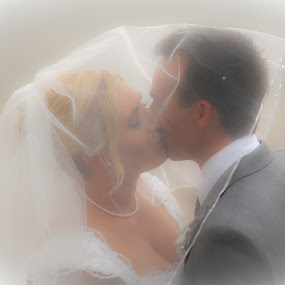 SOFT EMBRACE by Adam Visscher - Wedding Bride & Groom ( kiss wedding bride groom )