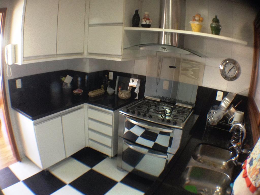 Apartamento de 4 dormitórios em Santana, Porto Alegre - RS