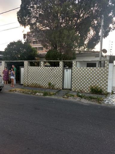 Casa com 3 dormitórios à venda, 200 m² por R$ 450 - Jardim Cidade Universitária - João Pessoa/PB
