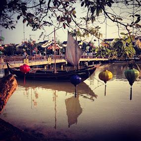 Vietnam 💜 by Caro Amtmann - Instagram & Mobile Instagram ( postcardgram, photooftheday, igers, igmate, igtube, i_promote, instagood, instadaily, instacanvas, instatalent, instagrammers, streets, statigram, bestoftheday, china, contestgram, contestgramoftheday, all_shots, ace_, webstagram, vietnam, hoian, pickture_app )