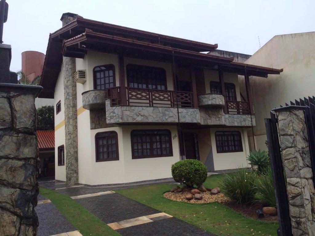 Casa residencial à venda, Centro, Balneário Camboriú - CA042