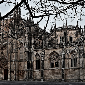 Mosteiro da Batalha by Pedro Varão - Buildings & Architecture Statues & Monuments