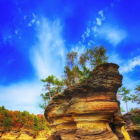 Sugar Loaf by Bill Frische - Landscapes Caves & Formations ( wisconsin, loaf, dells, rivers, river, sugar )