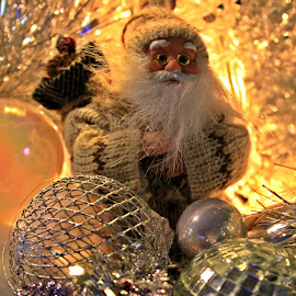 Santa claus by Redski Pictures - Artistic Objects Other Objects ( balls, christmas lights, santa claus, christmas, light )