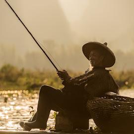 Fishing by Jim Harmer - People Street & Candids ( china )