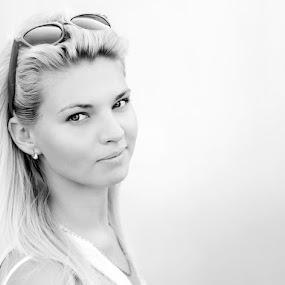 B&W by Sergiu Radu - People Portraits of Women