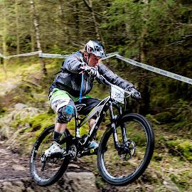 by Nick Moor - Sports & Fitness Cycling ( enduro race, rider, knee pads, mtb, rock drop, pmba, mountain bike, racer, gt, helmet, enduro, number board )