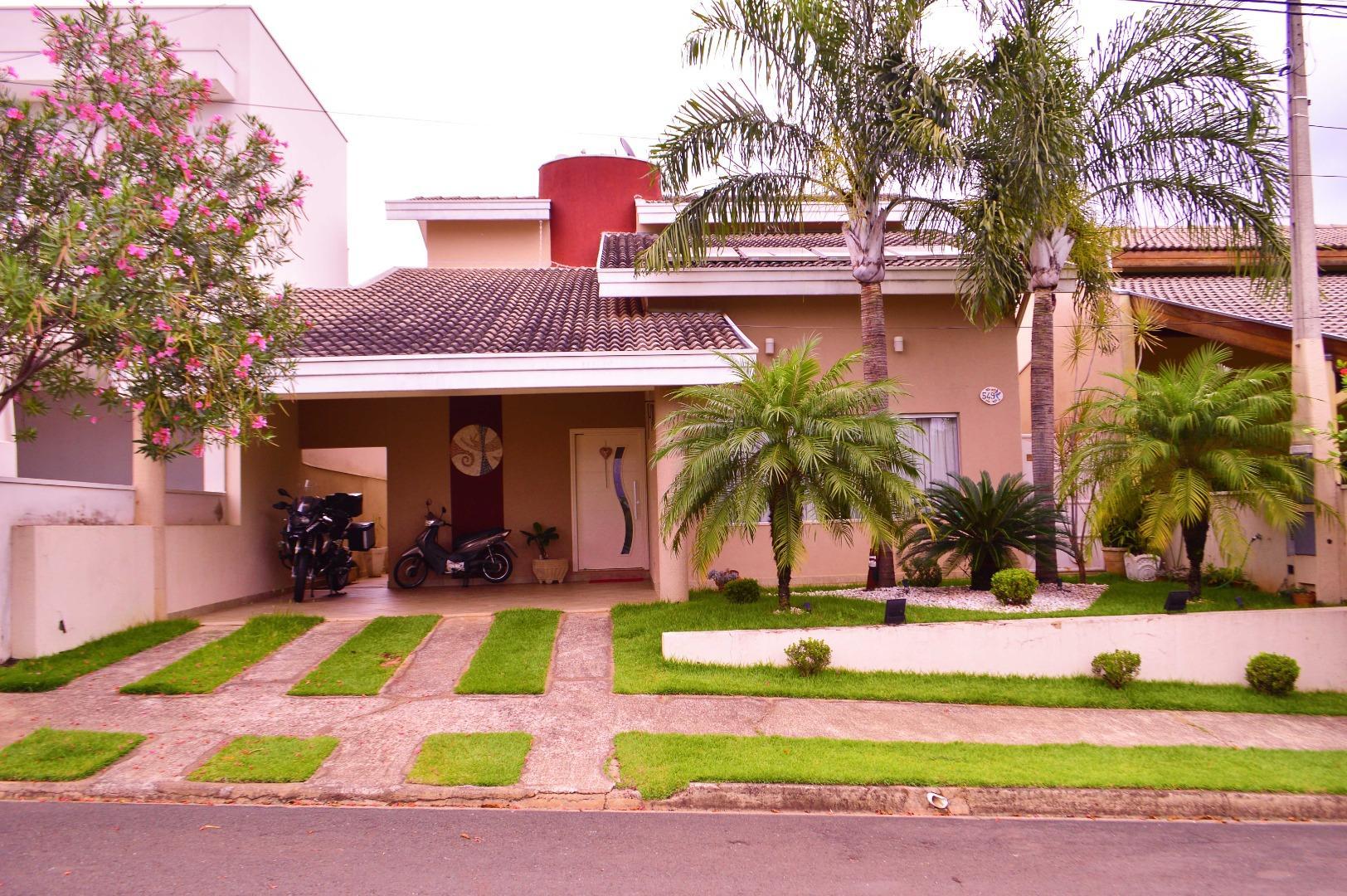 Linda casa com 3 dormitórios à venda, 213 m² por R$ 950.000 - Jardim Dona Maria Azenha - Nova Odessa/SP