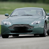 Wallpaper Aston Martin V8 APK Icon