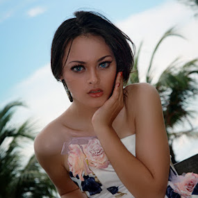 Jo.. by Ali Yunianto - People Fashion