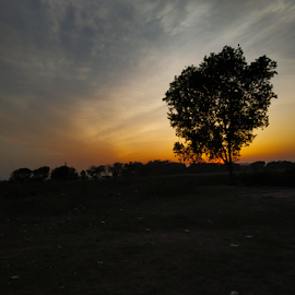 Sunset by Vivek Sharma - Instagram & Mobile Android ( vivekclix, mobilography, nature, sunset, mobile photos, vivek, beauty in nature )