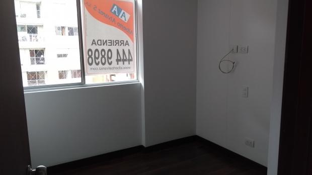 apartamento en arriendo cumbres 594-21710