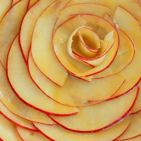 Apple Rosette Crostata