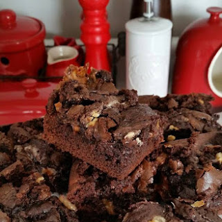 Ultimate Double Chocolate Brownies with Caramels