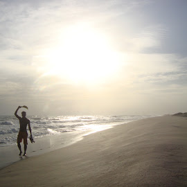 Nice sunny day by Udhay Kumar - Landscapes Beaches ( walking, hands, holding, sunset, beach,  )