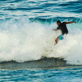 Surfing14 by Mark Holden - Sports & Fitness Surfing