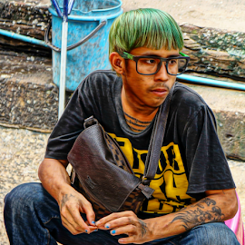 Green Hair Day by Ian Gledhill - People Street & Candids ( street, thailand, asia, candid, men, hair, people, portrait )