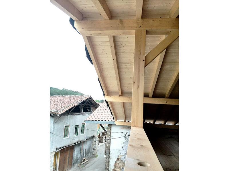Iñigo Trápaga Estructuras y Carpintería
