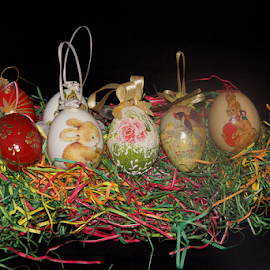 many easter eggs by LADOCKi Elvira - Public Holidays Easter ( easter eggs )