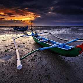 The Land Boats by Eggy Sayoga - Landscapes Sunsets & Sunrises ( bali, pantai, indonesia, sunset, d7000, beach, landscape, nikon, tokina, filter )