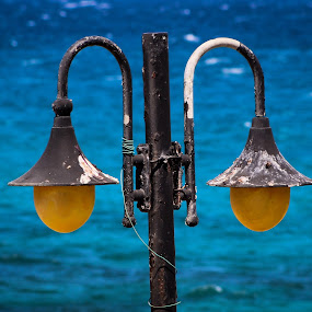 Street light by Hüseyin Denizoğlu - City,  Street & Park  Street Scenes ( street light )