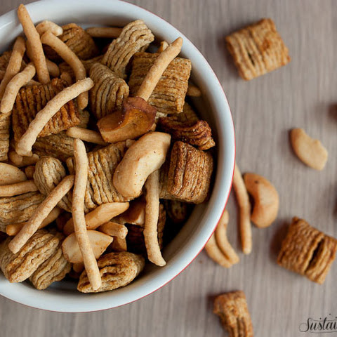 Slow Cooker Oriental Snack Mix