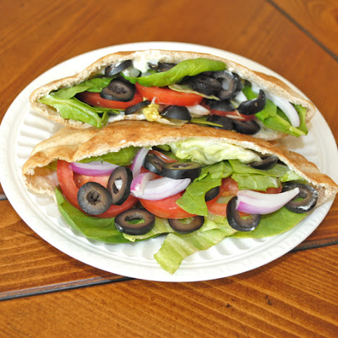 Veggie Pita Pocket Sandwich