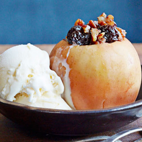 "Pecan-Stuffed ""Baked"" Apples"