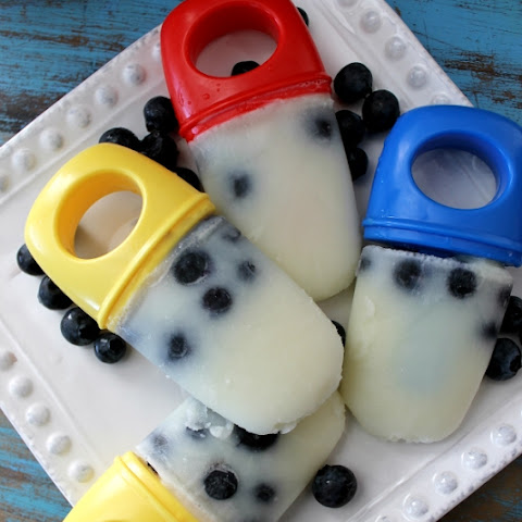 Vanilla Blueberry Breakfast Pops {recipe}