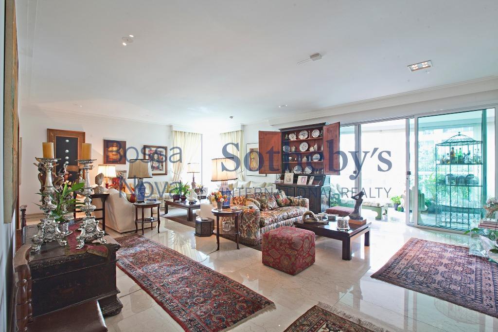 Apartamento com excelente planta e muito espaço