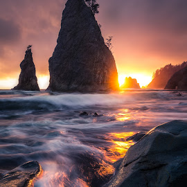 Rialto Beach by Gannon McGhee - Landscapes Beaches ( olympic, rialto, washington, park, sunset, national, sea, ocean, stacks, beach, seastacks )