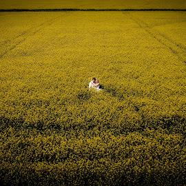 yellow love by Marius Stoica - Wedding Bride & Groom