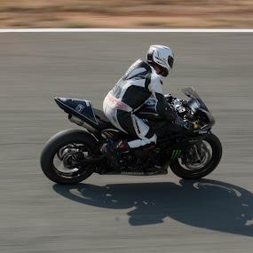 Yamaha by Hrvoje Lučić - Transportation Motorcycles ( motorcycle yamaha race panning,  )