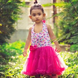 LOOK AT ME by Mrityunjay Pandey - Babies & Children Child Portraits ( instagram, little girl, outdoor portrait, greener, backlighting, print, kids portrait, park scene, cute baby, backlit, kids fashion, stylish, facebook, flowers )