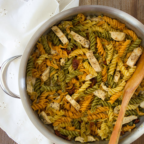 Grilled Chicken Fusilli Pasta