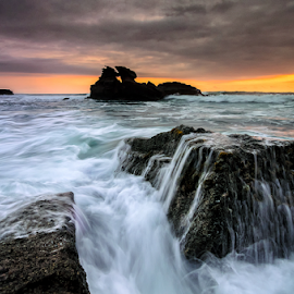 dormy by Raung Binaia - Landscapes Beaches