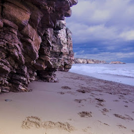 Lovely Sunday walk by Ronnie French - Landscapes Beaches