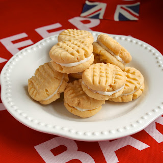 Bake them Homemade Custard Creams