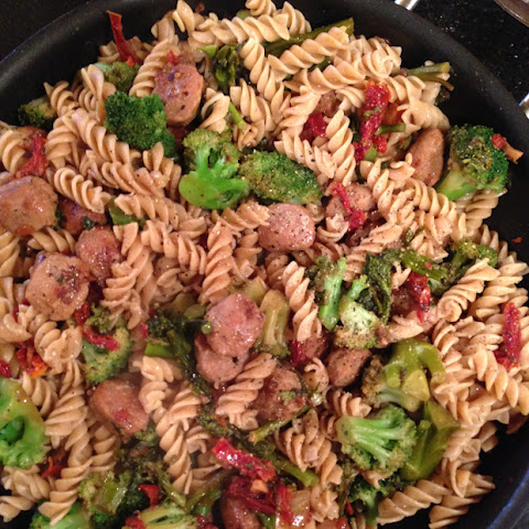 Whole Wheat Pasta with Italian Chicken Sausage, Broccoli and Sun Dried Tomatoes