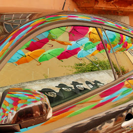 CAR WITH REFLECTIONS by Aida Neves - Abstract Patterns