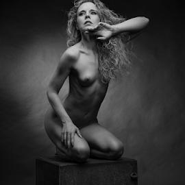 nude on a cube by Reto Heiz - Nudes & Boudoir Artistic Nude ( studio, nude, artphotography, nudephotography, art, nudeart, female nude, lowkey )