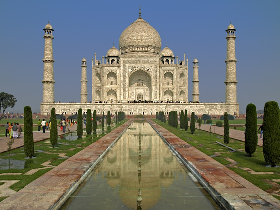 The Taj Mahal by Khaled Ibrahim - Buildings & Architecture Statues & Monuments