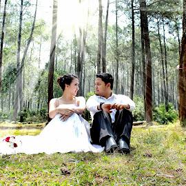 Power of love by Iqbal Gautama - Wedding Other ( love, canon, prewedding, indonesia, wedding, #indonesia, skylight, bandung,  )