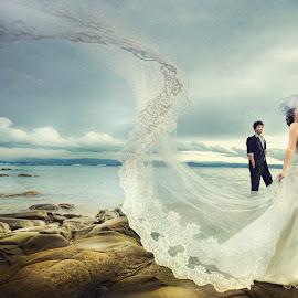 by Voon Kiun Fui - Wedding Bride & Groom