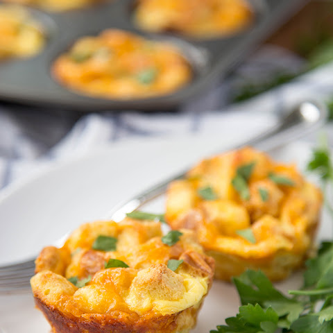 Seasoned Egg & Sausage Breakfast Cups