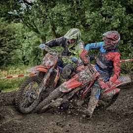 Kicking Out ! by Marco Bertamé - Sports & Fitness Motorsports ( curve, speed, green, 55, number, yellow, race, noise, two, red, motocross, kicking out, blue, clumps, brown, duel, crash )